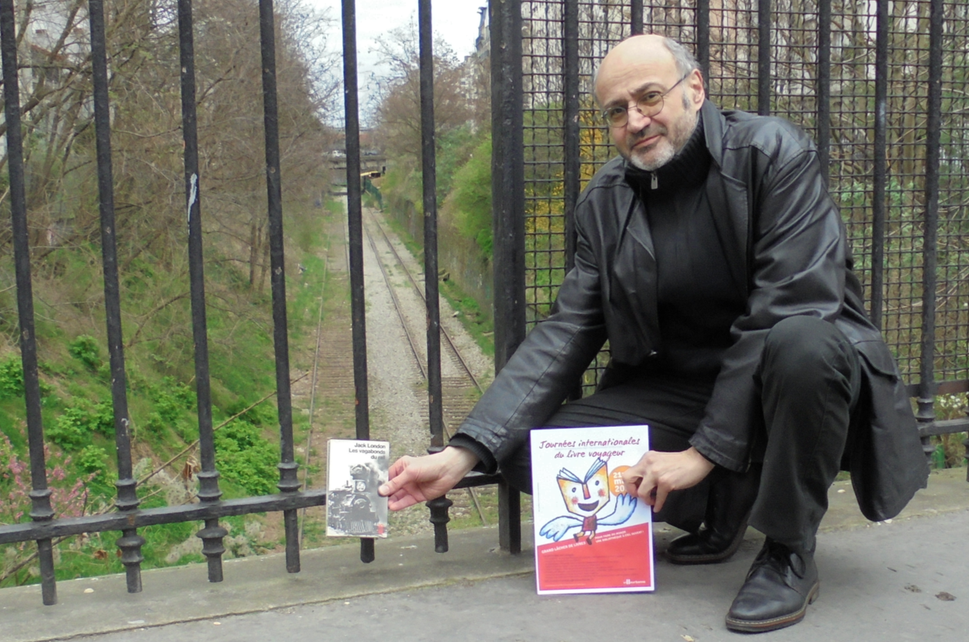 2ème Journée du Livre Voyageur. Pierre Martial rend hommage aux sans domicile fixe et à Malala.