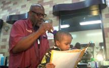 Alvin, le coiffeur qui veut faire aimer les livres aux enfants pauvres et illettrés de Harlem
