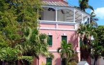 Bahamas. L'ex-prison des pirates est devenue une paisible bibliothèque.